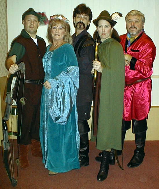 Micheal Moran as Ronin, Arlene Merryman as Marion, Butch Maxwell as the Sheriff of Nottingham, Valery Staskey as Little Jo and Gino Angelo as Will Scarlet